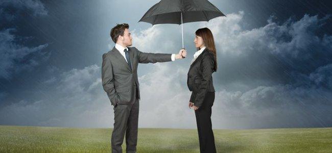 Rechtsanwalt Versicherungsrecht - Wir lassen Sie nicht im Regen stehen!